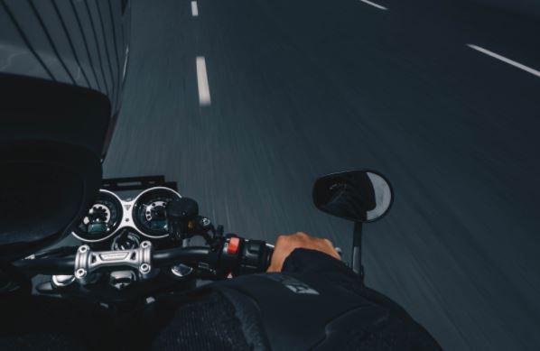 recambios y equipamiento para motos